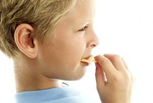Вредны ли чипсы для детей?